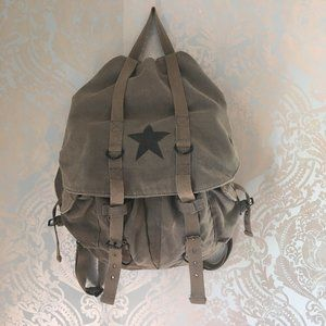 Vintage Army Backpack Olive Green with Star
